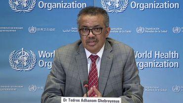 """""""Le monde aurait dû écouter attentivement l'OMS, car l'urgence mondiale a été déclenchée le 30 janvier avec alors, en dehors de la Chine, 82 cas et aucun décès"""", a déclaré le directeur général de l'agence onusienne, Tedros Adhanom Ghebreyesus."""