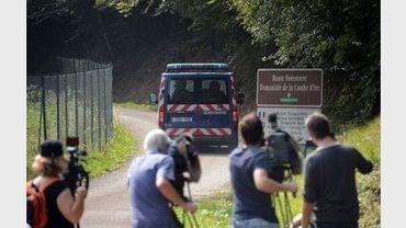 Des journalistes à Chevaline, près du lac d'Annecy, le 6 septembre 2012