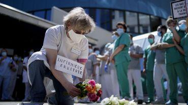 Coronavirus : Le personnel soignant fédéral pourra recevoir un chèque consommation de 300 euros (2)
