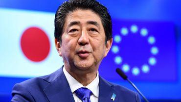 Le premier ministre japonais Shinzo Abe ce mardi à Bruxelles pour négocier le traité de libre-échange UE-Japon