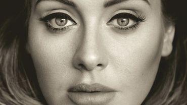 """L'album """"25"""" d'Adele accumule les records"""