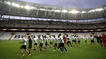 Lyon et Besiktas sanctionnés: décision équitable pour l'OL, scandaleuse pour Besiktas