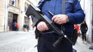 Des perquisitions sont en cours à Molenbeek-Saint-Jean dans le cadre de l'enquête sur les attentats de Paris.