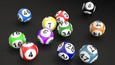 Au Canada, un homme met 10 mois pour réclamer 60 millions de dollars à la loterie