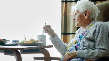 A Braine, on considère que près de 25% de la population a plus de 60 ans. La plupart vivent encore chez eux (illustration)