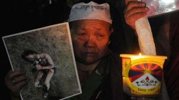 Manifestation à Dharamsala (Inde)  en hommage aux Tibétains qui s'immolent pour protester contre l'occupation chinoise