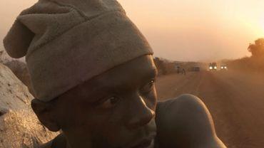 """""""Makala"""" suit un jeune Congolais qui vend du charbon (""""makala"""" en swahili)"""