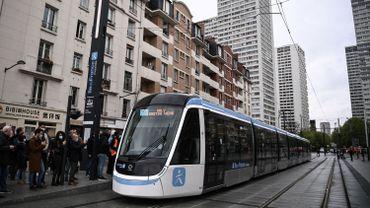 Nouveau tramway géré par Keolis sur la ligne T9 au départ de la porte de Choisy le 10 avril 2021