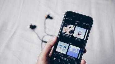Spotify est désormais compatible avec Siri
