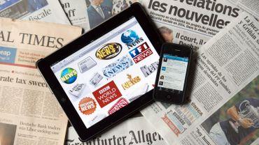 Baromètre médiatique mondial: le public s'informe en priorité sur le web (infographies)