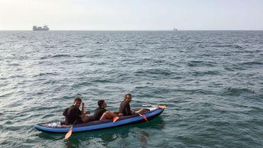 Trois migrants tentent de traverser La Manche en août 2018