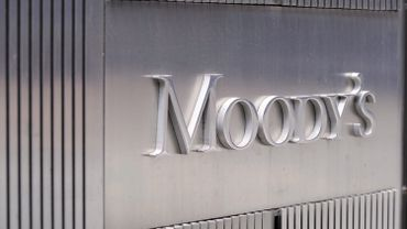 Moody's Corporation sign