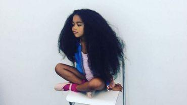 Mini-belge, mini-mannequin, maxi-cheveux : le phénomène Lou M Puppy