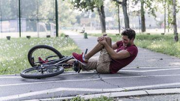 Les cyclistes plus victimes des trous et des potelets que des voitures