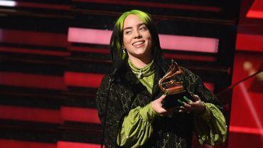 """Déjà sacrée peu de temps auparavant """"révélation de l'année"""" et """"chanson de l'année"""", Billie Eilish a ainsi raflé la mise dans les quatre catégories majeures des Grammy Awards."""