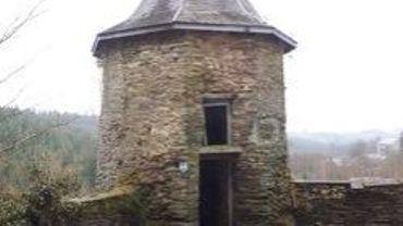 La tour Griffon, vestige d'un château médiéval