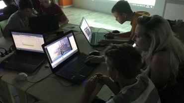 En cinq jours de stage, chaque participant crée son propre jeu vidéo