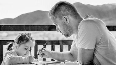 «Et si nous laissions nos enfants respirer ? Comprendre l'hyper-parentalité pour mieux l'apprivoiser»