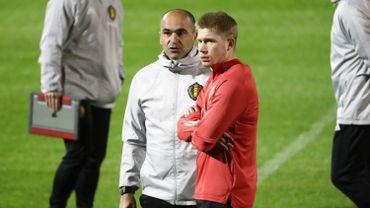 """Roberto Martinez est impressionné par Kevin De Bruyne. """"Il est unique et il a redéfini le football"""", dit-il."""