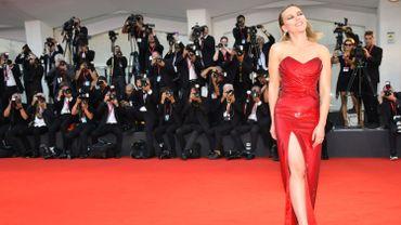 Scarlett Johansson, en mode glamour sur le tapis rouge