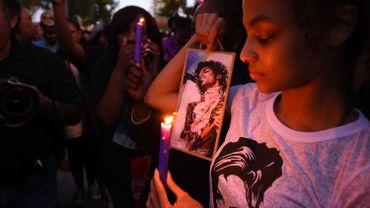 Prince se faisait prescrire des médicaments opiacés sous le nom d'amis