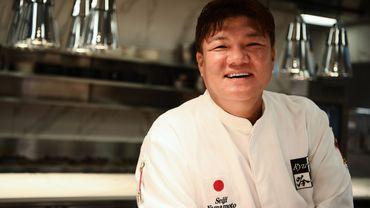 Le chef japonais Seiji Yamamoto du restaurant Ryugin à Tokyo