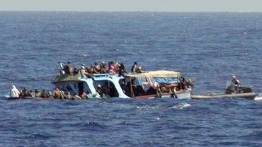 Les garde-côtes maltais recueillent des immigrants en 2011