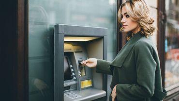 23% des Américains en couple, vivant ou non sous le même toit, dissimulent ou ont dissimulé un compte bancaire à leur partenaire.