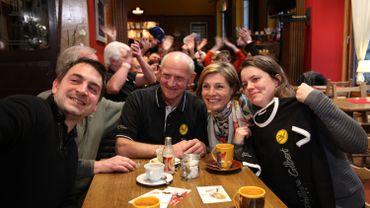 A l'Auberge du Cheval blanc,avec Jeannot, le papa du champion cycliste belge Philippe Gilbert,