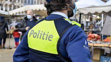 La fête se déroulait dans le quartier juif d'Anvers.