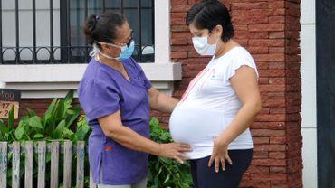 Mexicaine enceinte de son quatrième enfant, le 17 avril 2020 (image d'illustration)