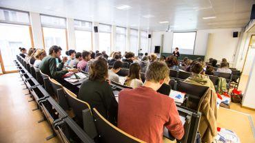 La Wallonie forme proportionnellement beaucoup moins de diplômés dans le supérieur