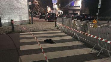 Un affaissement de voirie d'un mètre de profondeur rue Léopold Ier à Jette, la circulation déviée