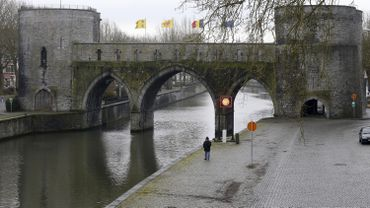 Pont des trous à Tournai: la Région Wallonne renonce au projet contemporain