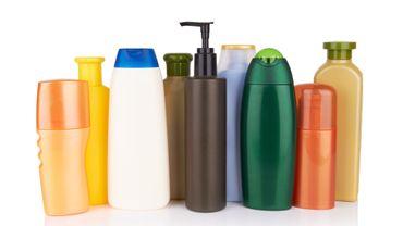 Les marques de la mode et de la beauté s'engagent contre la pollution plastique