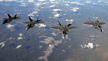 Quatre F-22 Raptor de la firme Lockheed Martin.