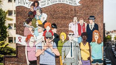 Inauguration d'une nouvelle fresque urbaine à Bruxelles pour lutter contre le sida