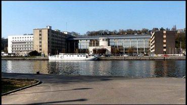 Le mariage entre les CHR de Namur et d'Auvelais est suspendu.