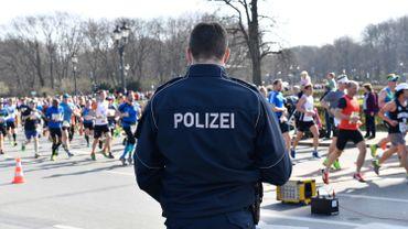 La police de Berlin a déjoué un attentat lors du semi-marathon prévu ce dimanche dans la capitale allemande.