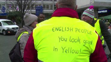 Gilets jaunes : le mouvement s'exporte en Angleterre
