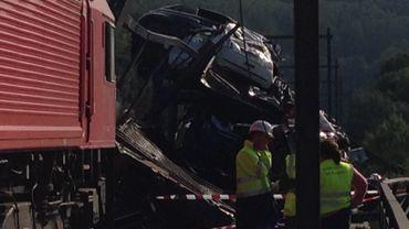Déraillement de train à Fourons: un wagon chute de 20 mètres