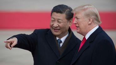 """La Chine va """"réduire et supprimer"""" les droits de douane sur les automobiles américaines, affirme Trump"""