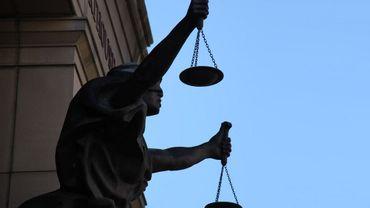 Le prévenu a écopé d'une peine de quatre ans d'emprisonnement avec un sursis probatoire.