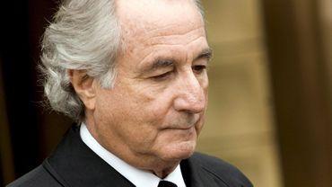"""Bernard Madoff, condamné en 2009 à 150 ans de prison, demande sa libération """"par compassion"""" à la justice américaine. Le détenu affirme souffrir d'une maladie mortelle des reins."""