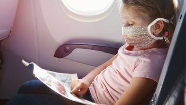 Le masque désormais obligatoire dès 6 ans sur les vols européens
