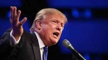 Trump exige qu'Apple construise des usines aux États-Unis