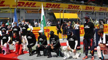 La majorité des pilotes de F1 mettent de nouveau un genou à terre
