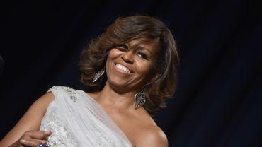 """Michelle Obama a déjà publié un livre, """"American Grown"""", sur le jardinage et l'alimentation, en 2012"""