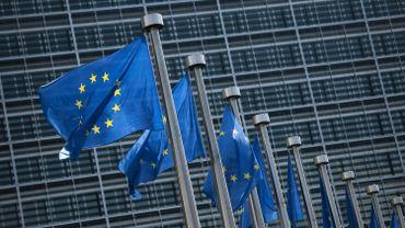 Adhésion à l'UE: la Commission propose d'ouvrir des négociations avec la Macédoine et l'Albanie
