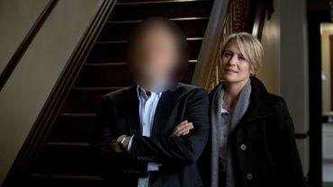 Des scénaristes plancheraient sur un nouveau scénario pour faire perdurer la série sans la présence de Kevin Spacey, renvoyé par Netflix après les accusations d'harcèlement sexuel dont il a fait l'objet.